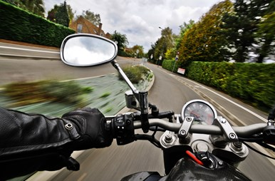 MaxPixel.freegreatpicture.com-Motorcycle-Speed-Rear-View-Mirror-Road-1827482.jpg