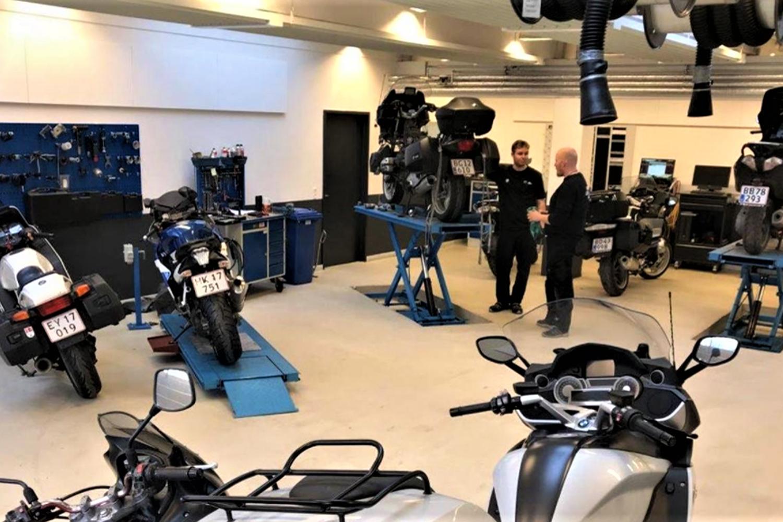 bmw motorcykel værksted